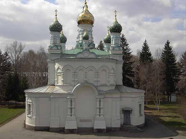 Церковь на месте Полтавской битвы